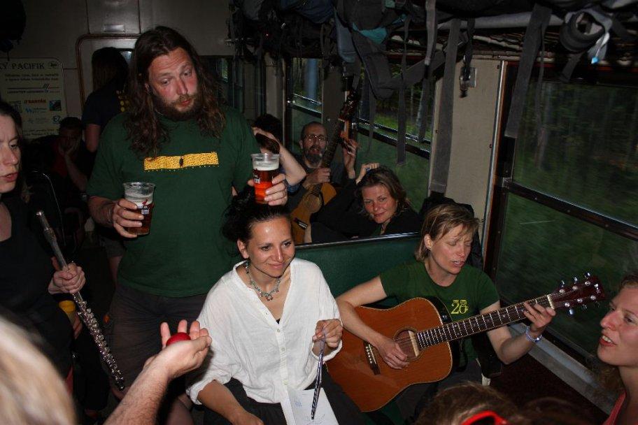 Hrajeme ve vlaku