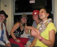 Z fotek ani není poznat, jaký to byl večírek :-)